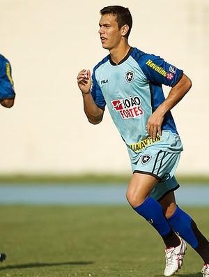 Sem Herrera e Loco, Caio Jr. busca novo ataque para encarar o Bahia