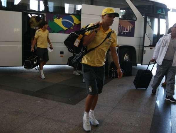 Após triunfo sobre Gabão, Seleção já está em Doha para jogo de segunda