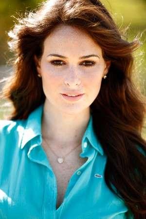 Miss Brasil fala sobre ritual de beleza e namoro com De Luca: