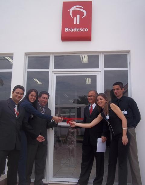 Agência do Banco Bradesco é inaugurada em Oeiras