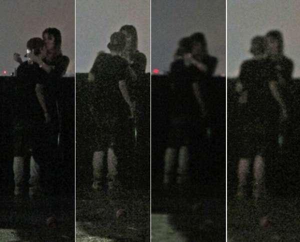 Pê Lanza, do Restart, e Ellen Jabour se beijam no SWU