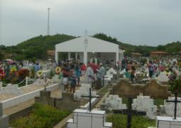 Movimentação no Cemitério Sambaíba no dia de finados foi intensa