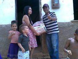 Mais duas famílias são contempladas com o projeto social da rádio comunitária Cidade Azul FM