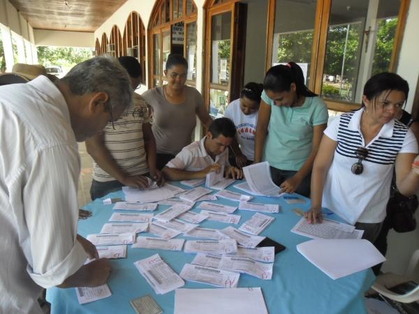 Agricultores Receberem Boletos do Programa Garantia Safra em Valença