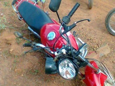 Colisão entre duas motos deixa feridos em Hugo Napoleão-PI