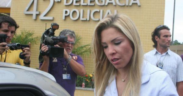 Funkeira Verônica Costa é indiciada  por torturar ex-marido; cantora nega acusação