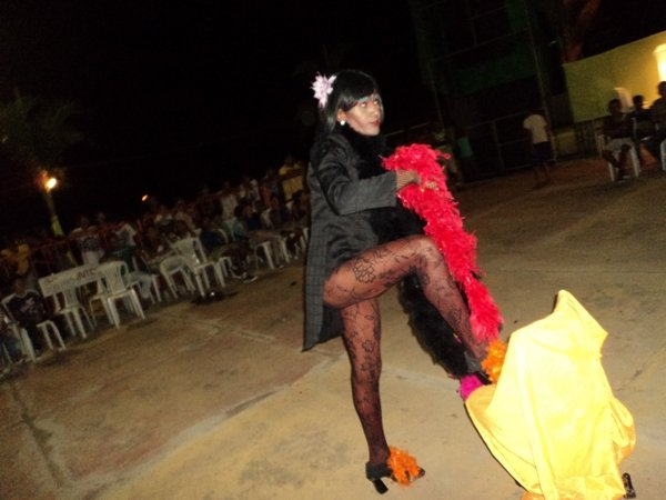 Paula Treme Terra Arranca Aplausos na 1ª Mostra de Turismo Cultural de Valença