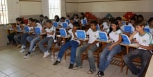 Monsenhor Gil é contemplada com o projeto UCA - um computador por aluno