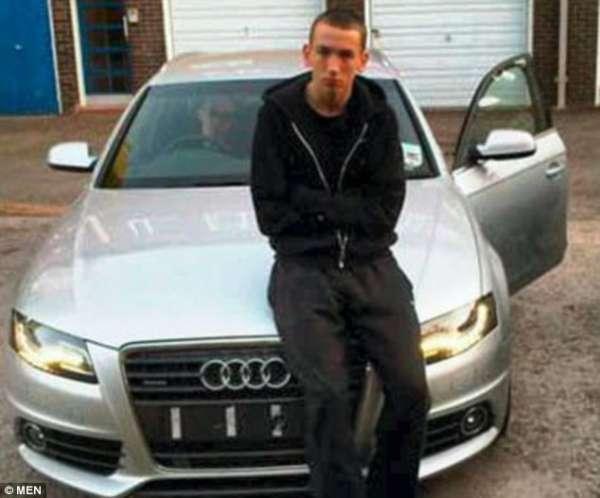Ladrões de carro colocam foto de veículos roubados em página de Facebook e são capturados pela polícia