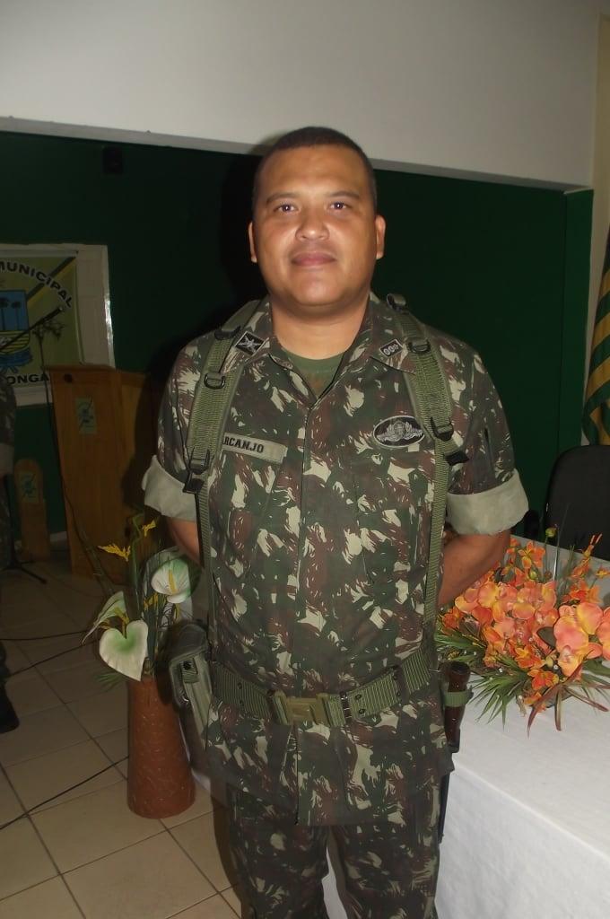 Alto Longá recebeu  neste dia  30/11/11 o Exército Brasileiro