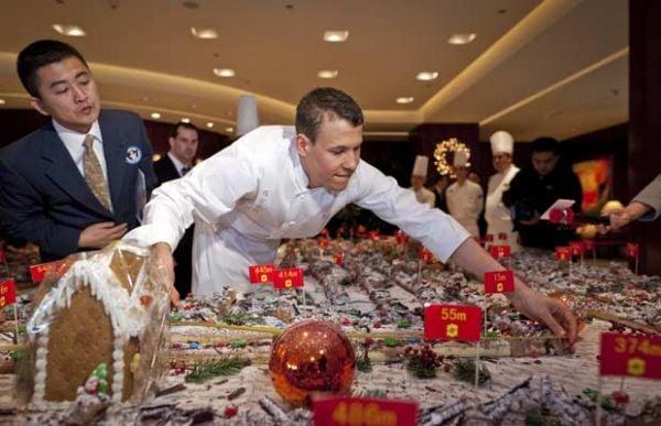 Xangai faz bolo de Natal de 1 km