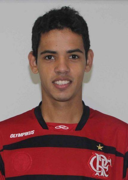 Polícia prende suspeita de matar avô de jogador do Flamengo