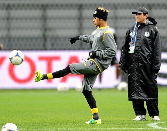 Muricy pede Santos com coragem para bater o Barcelona na final