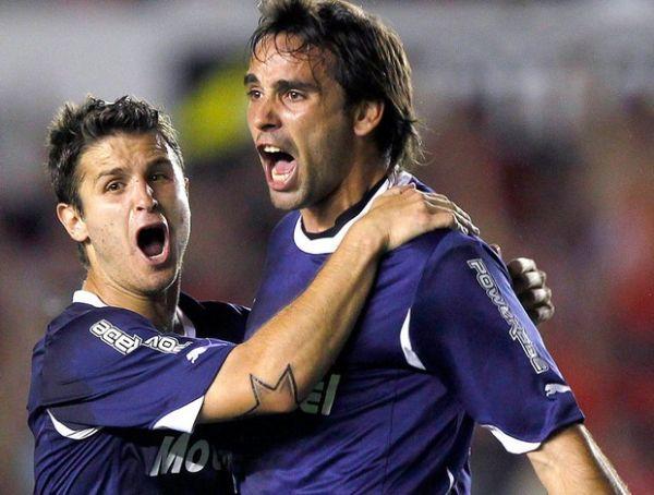 Vasco pode contratar artilheiro dos gols estranhos para 2012