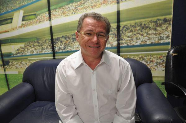 PEC que regula compras pela internet será apreciada pela Câmara, diz Assis Carvalho