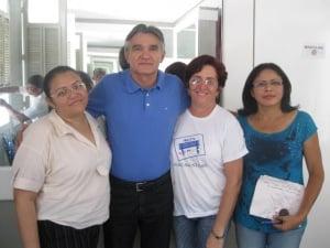 Professor Luiz Romero faz revisão literária a alunos do ensino médio em Oeiras