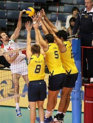 Sem sustos, Brasil vence bem o Irã e volta ao G-3 na Copa do Mundo