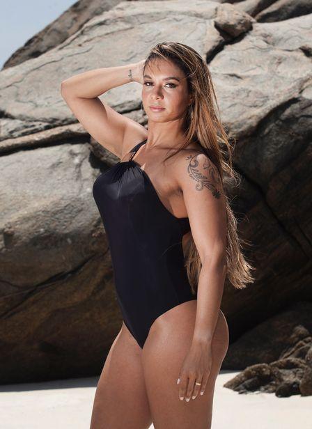 Milena mostra pela 1ª vez porque Diogo Nogueira é apaixonado pelo seu bumbum