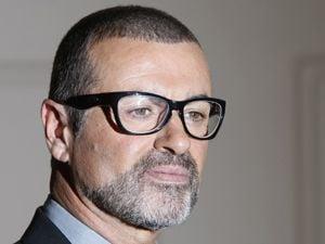 George Michael recebe alta de hospital em Viena, diz jornal