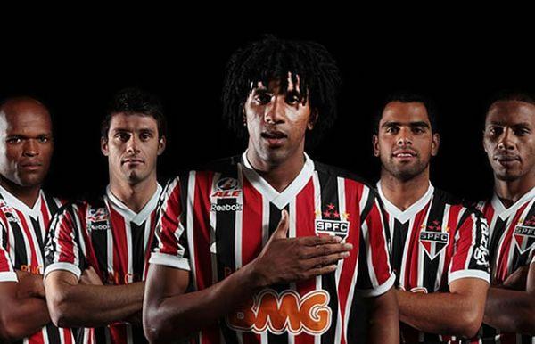 São Paulo oficializa chegada de cinco reforços para 2012