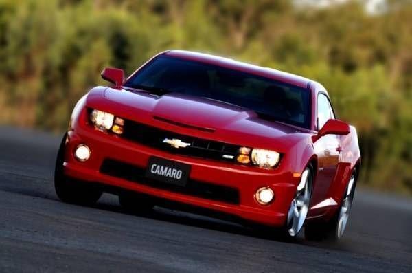Chevrolet decide manter Camaro e novas mudanças só em 2016