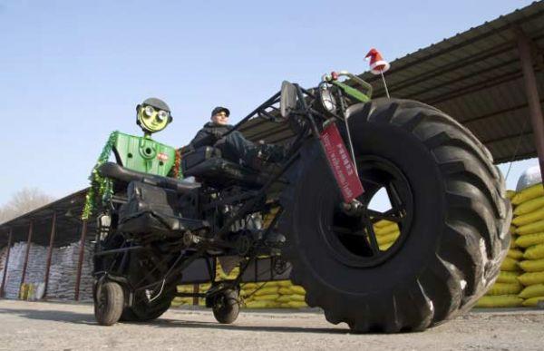 Chinês constrói bicicleta gigante de 1 tonelada