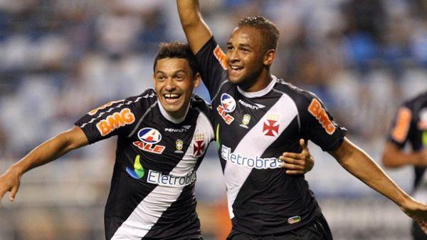 Na estreia em Libertadores, Bastos valoriza o