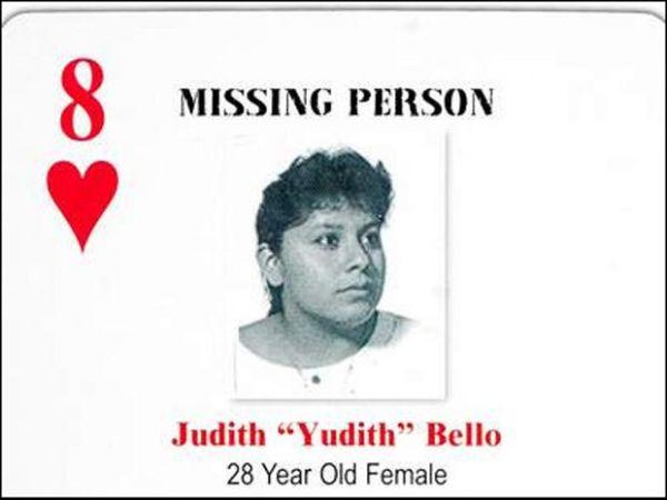 Mulher sumida há 18 anos liga para a polícia após ver sua foto em site