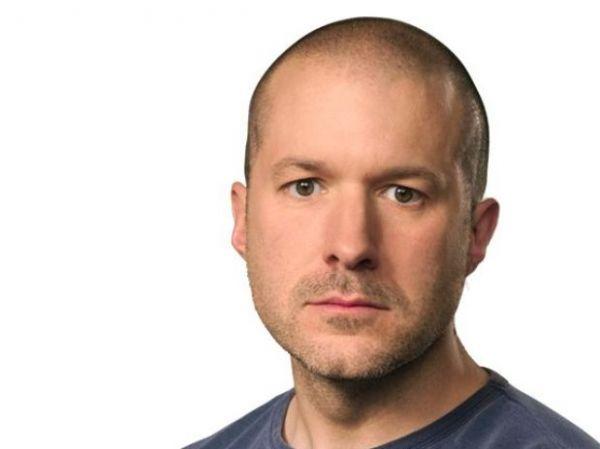 Designer do iPad, Jonathan Ive vira Cavaleiro no Reino Unido
