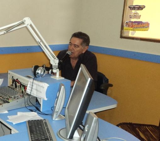 Prefeito Alcântara Participa de Entrevista no Radio