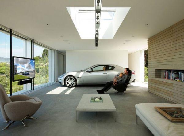 Colecionador de carros raros põe a garagem na sala de estar