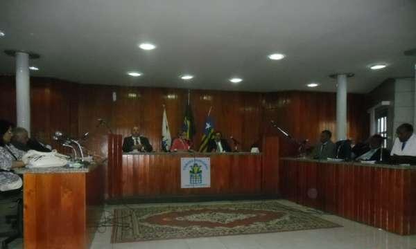 Vereadores Reprovam Concurso Público em Valença