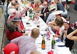 Comemorações pelo casamento real devem durar até a segunda-feira