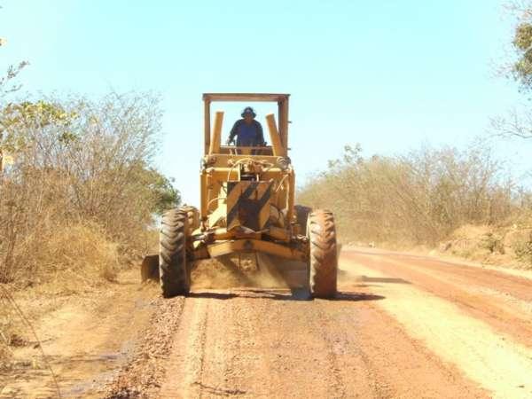 Município socorre estrada  do estadual.