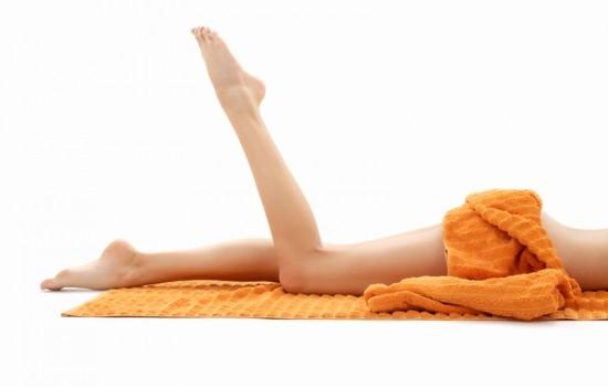 Conheça o lado dermatológico das estrias