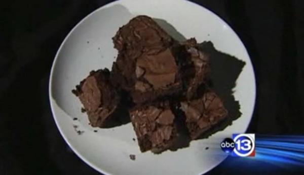 Policiais são acusados de comerem brownies de maconha apreendidos