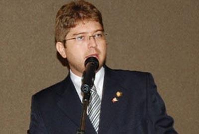 PSB faz congresso e oficializa comando de Rodrigo Martins