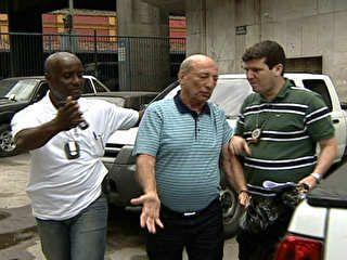 Patrono da escola de samba Beija-Flor é preso no Rio de Janeiro