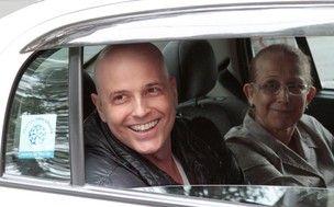 Reynaldo Gianecchini faz autotransplante de medula óssea, diz boletim médico