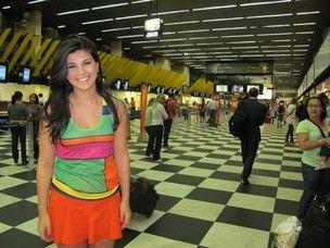 Luíza está de volta a João Pessoa e é recebida com festa no aeroporto