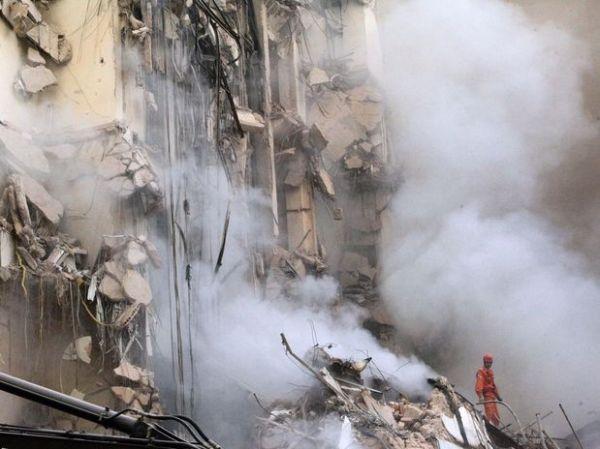 Defesa Civil confirma 5 mortes em desabamento no Rio de Janeiro