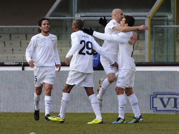 Italiano: Com gol de Hernanes, Lazio vence e sobe para 4º