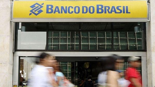 Banco do Brasil assume controle de 6 mil agências do Banco Postal