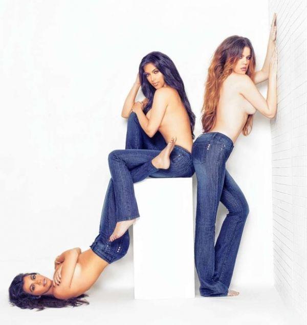 Em campanha de roupas, irmãs Kardashian fazem topless