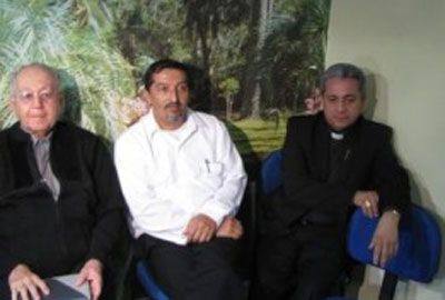 Vaticano decide expulsar três padres condenados por pedofilia