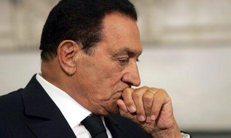 Acusação pede pena de morte por enforcamento para Mubarak no Egito