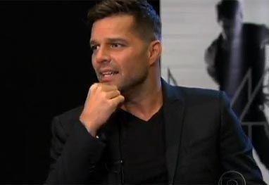 Após negar casamento, Ricky Martin quer adotar menina