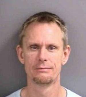 Marido é preso após atacar mulher com um chifre nos EUA