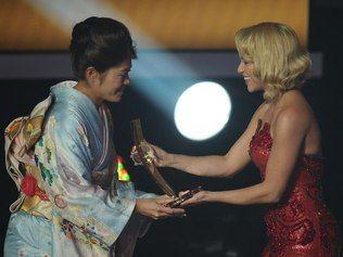 Japonesa bate Marta e fica com o prêmio de melhor do mundo da Fifa