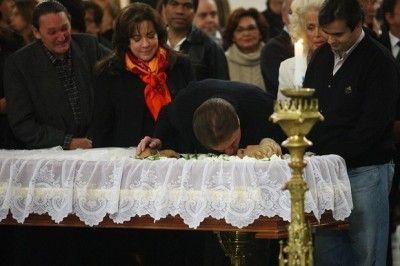Despedida de Hebe Camargo causa comoção em todo o Brasil